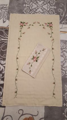 1 million+ Stunning Free Images to Use Anywhere Hand Embroidery Art, Free To Use Images, Lavander, Bargello, Crochet Baby, Diy And Crafts, Finding Yourself, Cross Stitch, Messages