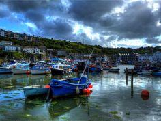 Mevagissy Harbour, Cornwall (Photo © Pete Willis)