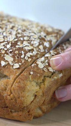 Best Gluten Free Bread, Gluten Free Bagels, Gluten Free Baking, Gluten Free Homemade Bread, Gluten Free French Bread, Healthy Bread Recipes, Sandwich Bread Recipes, Vegan Oat Bread Recipe, Recipe For Bread