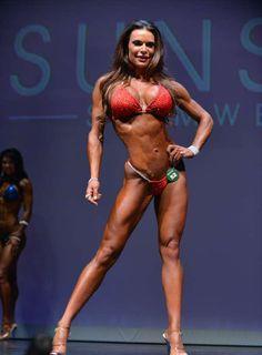 Camile Periat 7th Ferrigno Legacy Bikini Pro 2014