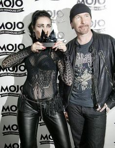 siouxsie with the edge