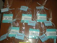 Galletas con el logotipo de la Clínica Obesitas, de parte de una paciente!