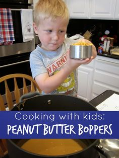 Toddler Approved!: Camp Mom: Peanut Butter Boppers Peanut Recipes, Snack Recipes, Kid Recipes, Cooking With Toddlers, Preschool Cooking, Toddler Snacks, Toddler Recipes, Cooking White Rice, How To Cook Fish