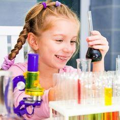"""Vulcani """"da comodino"""" e altri esperimenti scientifici per #bambini da fare in casa insieme a mamma e papà"""