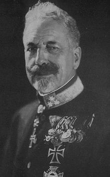 Archduke Eugen Ferdinand Pius Bernhard Felix Maria of Austria-Teschen May 1863 – 30 December was an Archduke of Austria and a Prince of Hungary and Bohemia. He was the last Grand Master of the Teutonic Knights from the Habsburg dynasty. History Photos, Art History, Fernando Iii, Archduke, Austro Hungarian, The Grandmaster, Ferdinand, Portrait Photo, First World