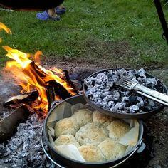Glæder mig umindelige til weekend  det bl.a står på bålmad og andre outdoor aktiviteter.  #outdoor #outside #eventyretstarteridinbaghave #bålmad #dutchoven #bål #weekendhygge