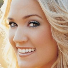 #CarrieUnderwood (Carrie Marie Underwood) - Country Singer, Songwriter & Actress who was born on March 10, 1983 in #Muskogee #Oklahoma