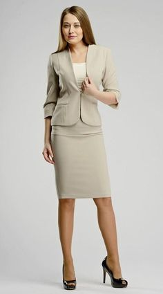 Sometimes you just have to go to work. And we should look our best there too! Work Attire Women, Suits For Women, Clothes For Women, Ladies Suits, Suit Fashion, Girl Fashion, Womens Fashion, Skirt Suit Set, Pencil Skirt Outfits