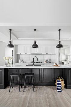 The NEW Boston 43 Hamptons style home, designed by Clarendon Homes. Located at Capestone, Mango Hill in Brisbane. Home Decor Kitchen, Kitchen Interior, Home Kitchens, Kitchen Design, Kitchen Ideas, Modern Kitchens, Hamptons Style Homes, Hamptons House, The Hamptons