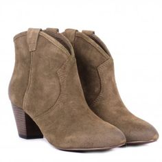 Ash JALOUSE topo suede ankle boots...Someone please find me some of these!!