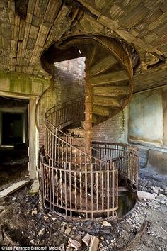 Abandoned Leper colony on North Brother Island. Awesome stairs to refurbish..