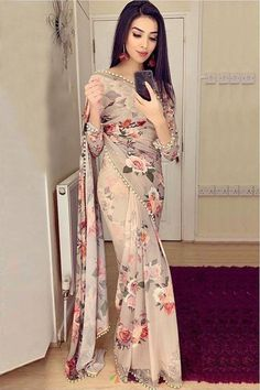 Trendy Saree with Digital printed work Bollywood style Party wear Saree Trendy Sarees, Stylish Sarees, Fancy Sarees, Stylish Dresses, Indian Fashion Dresses, Indian Bridal Outfits, Dress Indian Style, Fashion Outfits, Saree Designs Party Wear