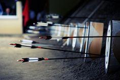 Reaching for a goal Archery Poses, Yomiuri Giants, Hanshin Tigers, Japanese Warrior, Samurai Jack, Target, Bow Arrows, Japan Photo, Kendo