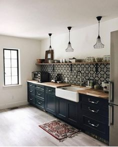 Uplifting Kitchen Remodeling Choosing Your New Kitchen Cabinets Ideas. Delightful Kitchen Remodeling Choosing Your New Kitchen Cabinets Ideas. Black Kitchen Cabinets, Painting Kitchen Cabinets, Diy Cabinets, Black Kitchens, Kitchen Tiles, Cool Kitchens, Kitchen Island, Kitchen Black, Island Bar