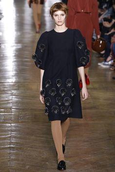 Ulyana Sergeenko | Fall 2016 Couture Collection | Vogue Runway