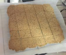 Recipe Clone of Almond crackers (grain free) by me.walton - Recipe of category Baking - savoury