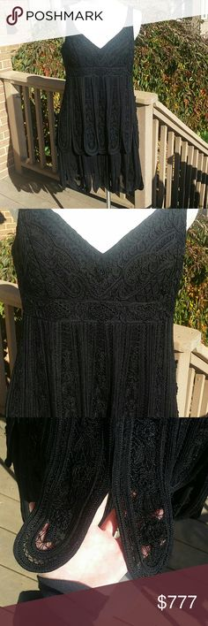 """Black lace macrame flapper Sue Wong dress Black lace embroidered macrame Sue Wong party Cocktail dress. Layered panels of macrame and chiffon lace make this dress super flattering and moves beautifully.  Worn 3x. Excellent condition.  Measurements laying flat : bust ( armpit to arm pit ) 19"""" waist 17 """" hips 24.5  length (from top of strap to hem. 36"""". Fully lined,  adjustable straps. Side zipper.  Reasonable offers welcome and accepted :) Sue Wong Dresses Midi"""