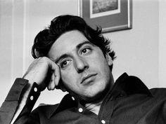 Al Pacino. Busca BUEN ACTOR en el diccionario y vas a encontrar su cara. Un genioo el tio.