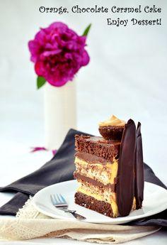 Tort cu ciocolata, portocale si caramel Chocolate Caramel Cake, Chocolate Orange, Homemade Chocolate, Chocolate Cakes, Orange Caramel, Something Sweet, Sweets Recipes, Nutella, Food And Drink