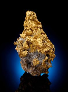 70+ ounce Gold in Quartz nugget found in desert country a few miles east of the Colorado River canyon in Arizona