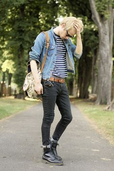 denim jacket + black skinny jeans + dr martens