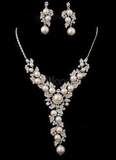 Brautschmuck set silber  VERKAUF! Brautschmuck Set Kristall und Perle | Perlenketten, Hände ...