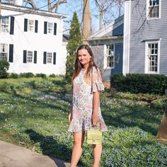 Spring has arrived and so have all my spring dresses! I am so in love with this little floral number that is under 100 and an extra 40% off that, today! Also, can we talk about this magical front yard? Someone give me all these flowers in mine! http://lik