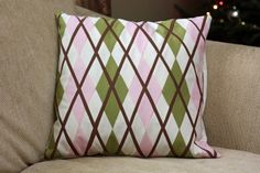 FREE PROJECT: Argyle Pieced Pillow (from My Fabric Obsession)