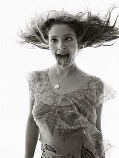 Drew Barrymore...ha! I would totally pose with this face :-)