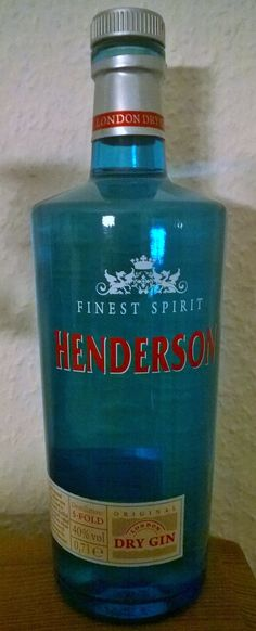 HENDERSON Dry Gin www.henderson-gin.de Gin Bottles, Vodka Bottle, Juniperus Communis, London Gin, Gin Brands, Gin Cocktail Recipes, Drink Mixer, Gin Lovers, Wine Pairings
