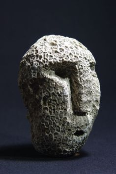 Fossilized coral mask - Atoni - Timor - Indonesia