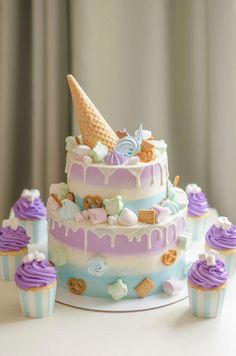 26 New Ideas Cupcakes Cakes Birthday Baking Cupcake Birthday Cake, Birthday Cake Decorating, Birthday Cake Girls, Cupcake Cakes, Birthday Kids, Birthday Sweets, Sweets Cake, Birthday Decorations, Cake Cookies