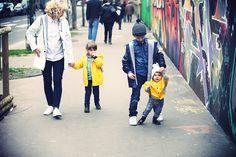 French blogger Et Dieu Crea and her family walking down the streets of Paris with Petit Bateau raincoats on - http://www.petit-bateau.fr/?CMP=SOC_11732SOU=TYP=SOCKW=pinterest #petitbateau #raincoat #fashion for #kids #boys and #girls