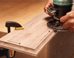 Modern router bits with carbide cutters and guide bearings make forming wood edges almost foolproof. Try this router edge guide for tips. Woodworking Power Tools, Router Woodworking, Woodworking Patterns, Woodworking Techniques, Popular Woodworking, Woodworking Crafts, Woodworking Shop, Woodworking Basics, Woodworking Furniture