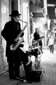 Street musicians in Beyoglu, Istanbul Sound Of Music, I Love Music, Street Musician, World Music, Istanbul Turkey, Best Cities, Black And White Photography, Old Photos, Street Photography