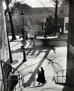 Willy Ronis     Avenue Simon Bolivar, Paris     1950