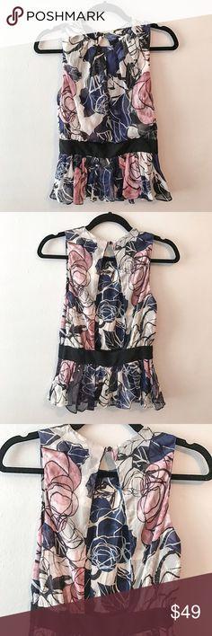 Diane von Furstenberg 100% silk top, size 4 Beautiful, feminine, sexy, 100% silk top from DVF. Great condition. Diane von Furstenberg Tops Blouses
