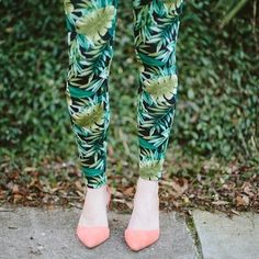 Down-To-Earth Leaf Leggings | Spotted on stylelist