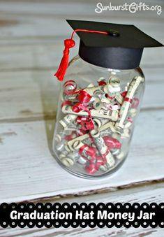 Creating a Graduation Hat Money Jar makes for a perfect container for giving money as a graduation present. gift ideas Graduation Hat Money Jar With Mini Diplomas - Thoughtful Gifts High School Graduation Gifts, Graduation Presents, Graduation Decorations, Graduation Party Decor, Grad Gifts, Graduation Cards, Grad Parties, Graduation Ideas, Graduation Quotes
