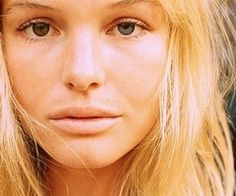 Kate Bosworth. always loved her eyes. and style. and blue crush!! Love that movie too!!