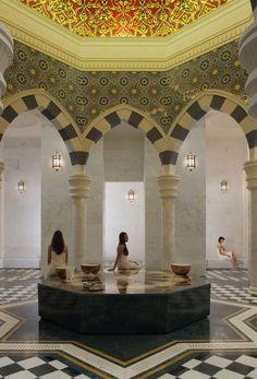 Näkymä kylpylän naistenosastolta.