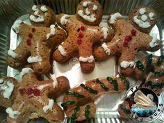 A Prendre Sans Faim: Bonhommes en pain d'épices http://www.aprendresansfaim.com/2014/12/bonhommes-en-pain-depices.html