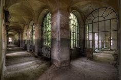 Split Corridor I Daan Oude Elferink