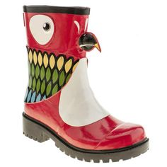 Who's a pretty boyo then? The JuJu Jellies Kigu Parrot that's who! Polly might want a cracker, but we want these super cool wellies on our feet. Part of the JuJu Jellies X Kigu range, this colourful animal offering is perfect for brightening up dull days.