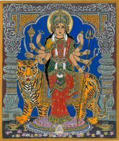 """Durga az előző életek kapujában. A képet 2014 ápr.15-én, a teljes holdfogyatkozáskor kezdtem el festeni és 2014 máj 26 én fejeztem be. Egy Durga ábrázolást egy nagyhatású álmom """"átdolgozott"""" . Ott ez a kép egyfajta kapu volt előző életeimbe."""
