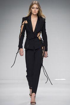 Fashion Week haute couture printemps-ete 2016 : Gigi Hadid, Irina Shayk, Rosie Huntington-Whiteley… Les tops stars du defile Atelier Versace 9