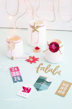 Are you excited to make some awesome 10 minute craft ideas for christmas? Make sure this is the top of your list, they make an amazing gift idea! Crafts To Sell, Home Crafts, Easy Crafts, Decor Crafts, Christmas Lanterns, Christmas Crafts, Adult Crafts, Crafts For Kids, Mason Jar Crafts