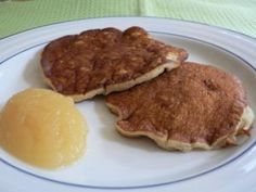 Healthier Applesauce and Oatmeal Pancakes: Low Fat Applesauce Oatmeal Pancakes