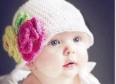 Çiçekli örgü çocuk şapka