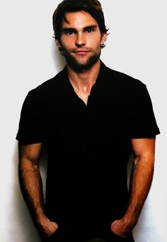Seann William Scott. He was my biggest crush back in high school. Some things haven't changed!